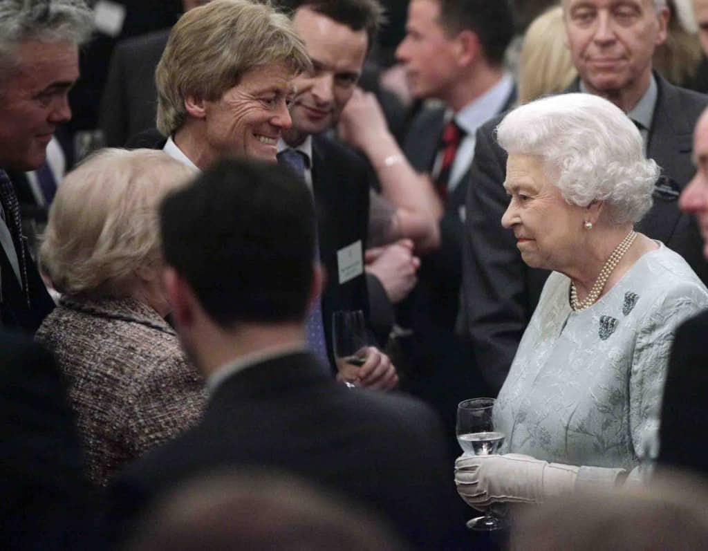 Stephen Clarke With The Queen 1024x797